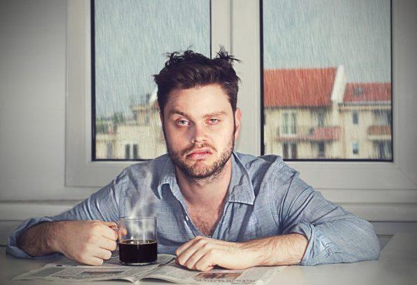 Недосып и злоупотребление кофе провоцируют развитие люмбалгии