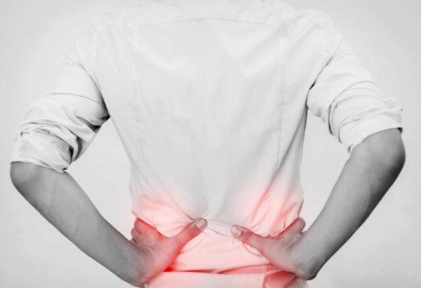Характерно усиление болевого синдрома после физической активности
