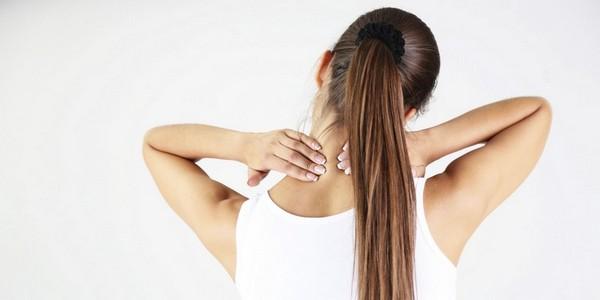 Курс лечения довольно долог, однако избавиться от дискомфорта в шее быстро не получится
