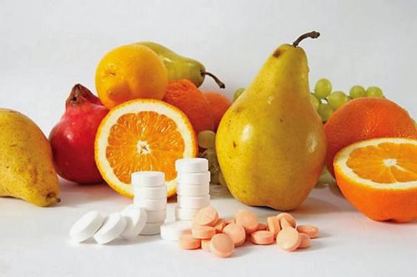Конечно, витамины не помогут полностью избавиться от остеохондроза, но улучшению общего состояния организма точно поспособствуют