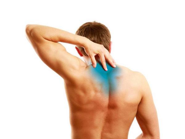 Шейный остеохондроз прямо влияет на состояние позвонков и мышц
