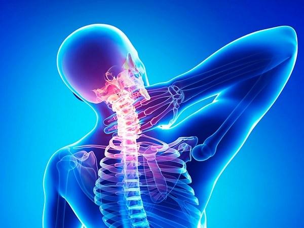 При недостатке витаминов в организме больного остеохондрозом могут начать развиваться осложнения