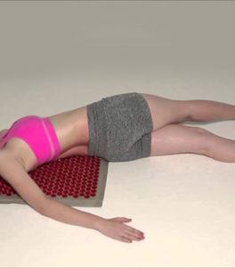 Упражнение «Крокодил» для позвоночника