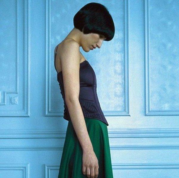 Было доказано, что люди, находящиеся в эмоциональном напряжении, более часто страдают от неправильной осанки