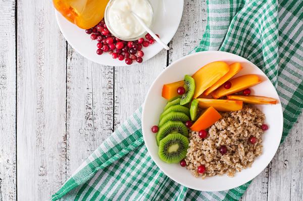 Благодаря соблюдению правильного питания можно «наполнить» свой организм необходимыми витаминами