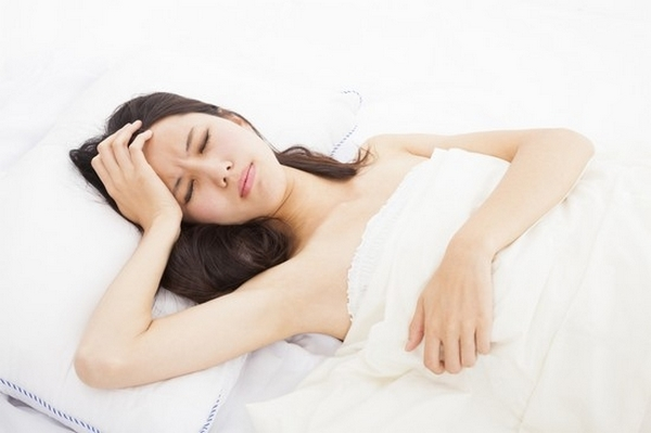 Симптомами ВБН являются тошнота, головокружение, шум в ушах