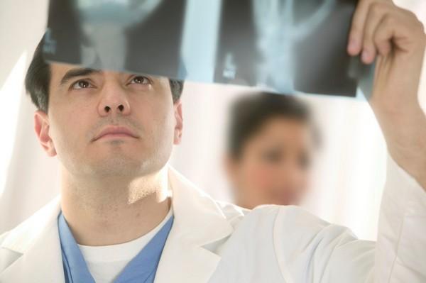 Перед определением методов терапии необходима подробная диагностика