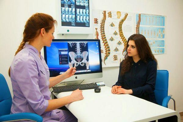 Поскольку дорсалгия – синдром, сопровождающий множество болезней, диагностика необходима всесторонняя