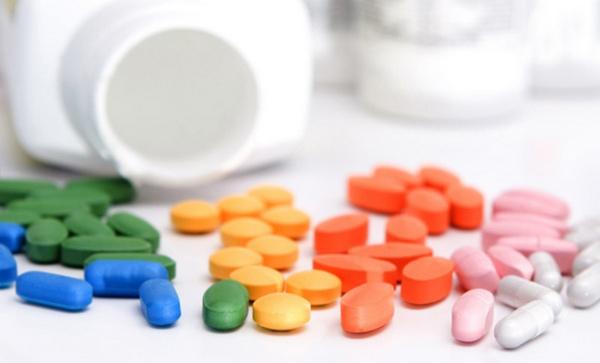 Принимать аптечные витаминные комплексы – не менее полезно