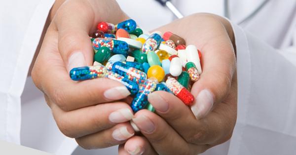 Для лечения дерматомиозита назначают иммунодепрессанты и глюкокортикоиды