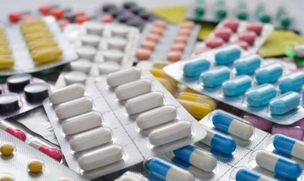 Для избавления от симптомов невралгии грудного отдела врачами назначается прием медикаментов