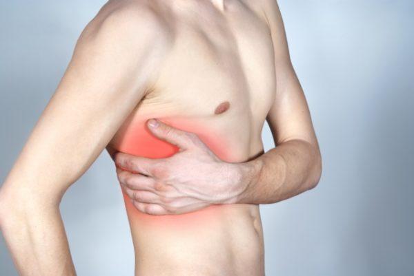 Боль в области ребер - основной симптом невралгии