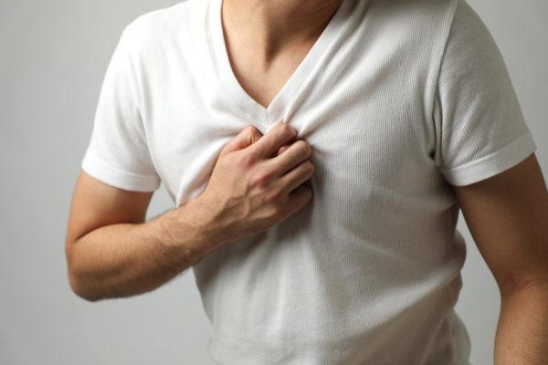 Важно отличать межреберную невралгию от инфаркта и приступа стенокардии