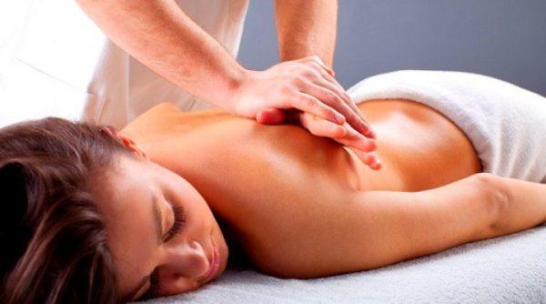 Массаж - один из лучших методов устранения боли при межреберной невралгии