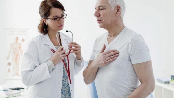 Сначала врач собирает анамнез пациента