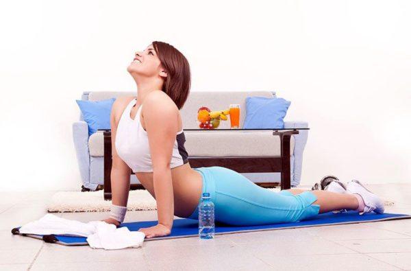 Дикуль: упражнения для спины при грыже