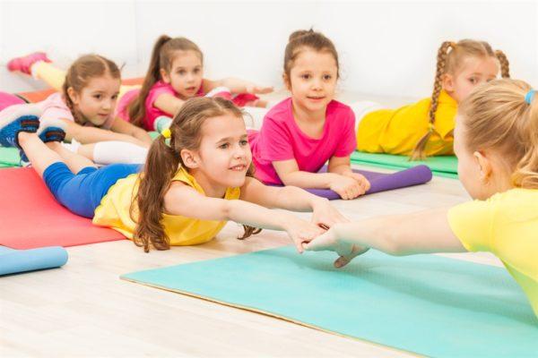 Лечебная гимнастика - обязательный элемент в лечении сколиоза
